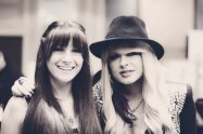 Savannah Lynne and Orianthi (Alice Cooper, Michael Jackson)
